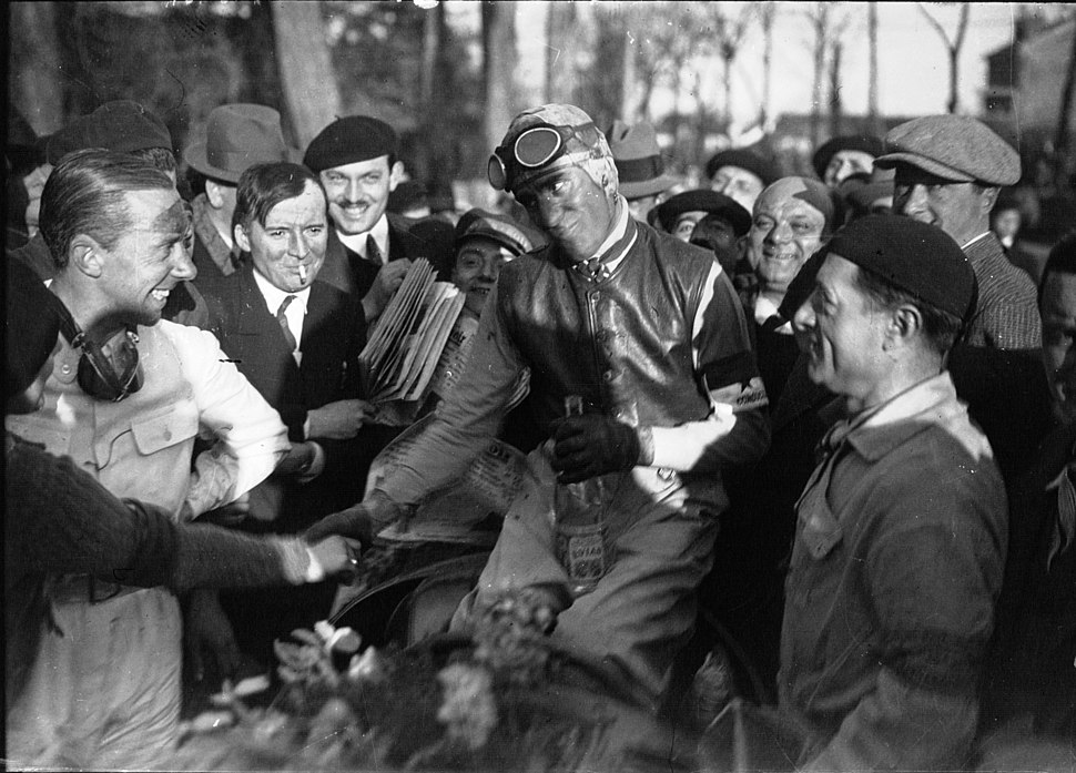 Tazio Nuvolari after victory at the 1935 Grand Prix de Pau