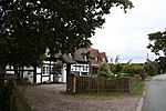 File:Thatchers, Walgherton.jpg