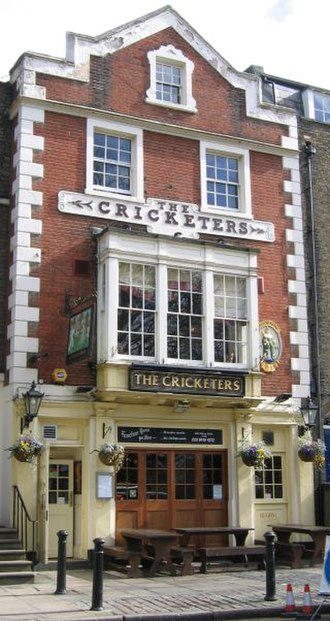 Richmond Green - The Cricketers pub