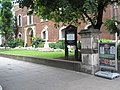 The front of St Botolph, Bishopsgate - geograph.org.uk - 921573.jpg