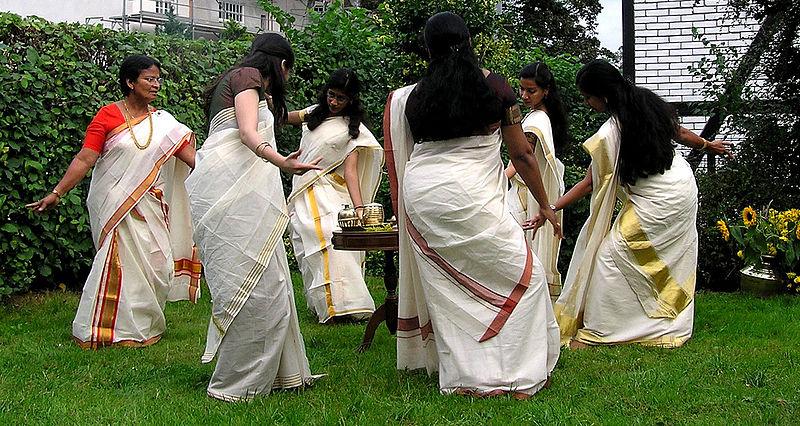 File:Thiruvathirakali kerala.jpg