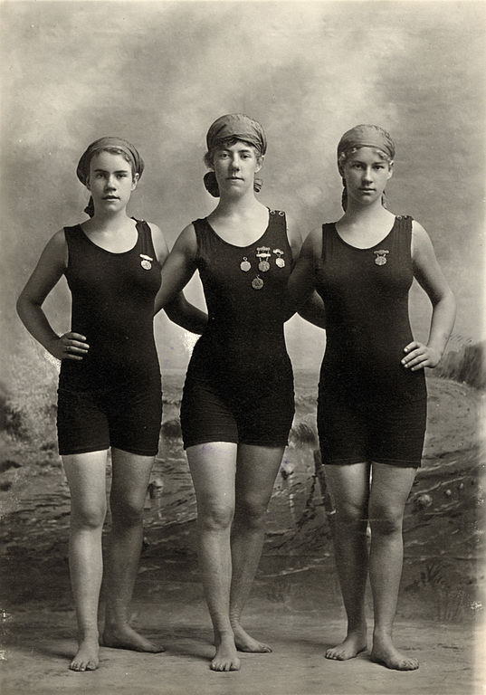 File:Three young women in swimsuits, ca. 1920.jpg ...