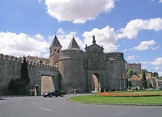 Puerta de Bisagra Nueva - Image: Toledo Puerta Bisagra