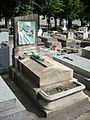 Tombe André Dahl, Cimetière des Batignolles, Paris.jpg