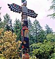 Totem Pole at Butchart Garden.jpg