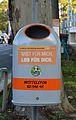 Trash bin in Vienna 06.jpg