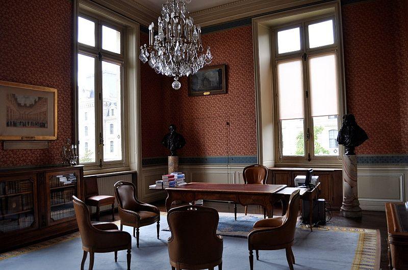 fichier tribunal de commerce de paris bureau du pr sident jpg wikip dia. Black Bedroom Furniture Sets. Home Design Ideas