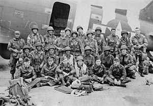 Pathfinder (military) - U.S. Army pathfinders and C-47 Skytrain flight crew just before D-Day, June 1944.