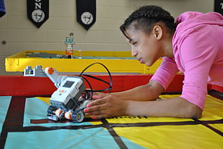 US Navy 100727-N-4304M-001 A student at a science, technology, engineering and math (STEM) summer camp at Ryken High School in Leonardtown, Md