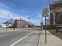 US Route 44 eastbound, East Providence RI.jpg