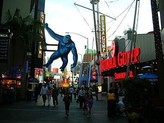 Jon Jerde - Image: Universal City Walk Hollywood 5