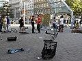 Urban-Loritz-Platz - Live-Performance von Perfekt World - Künstler-Kunstwerke-Passanten.jpg