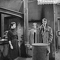 VPRO Televisiespel Hoog is de hemel , vlnr Marianne Rector , Elise Hoomans, Bestanddeelnr 910-8132.jpg