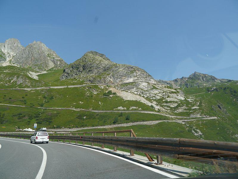 File:Valle d'Aosta Grand-St.-Bernard 11.JPG