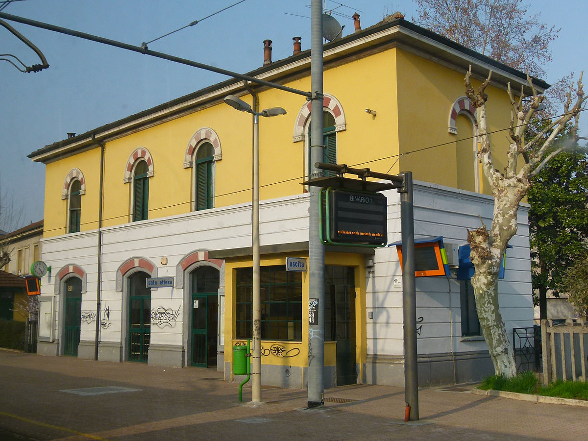 DATEO TRAIN STATION