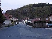 Velké Popovice, Masarykova, od zastávky Velké Popovice k východu.jpg