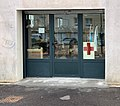 Vestiboutique Croix Rouge au rez-de-chaussée du Mistral (Saint-Maurice-de-Beynost).jpg