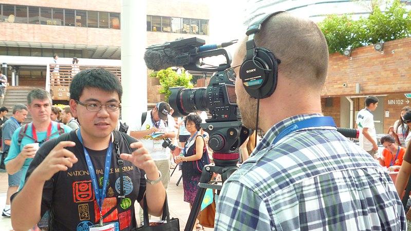 File:Victor Grigas (Victorgrigas) en Wikimanía 2013 (1376134201) Hung Hom, Hong Kong.jpg
