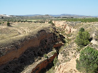 Vinalopó - The river in between Villena and Biar with its arid landscape