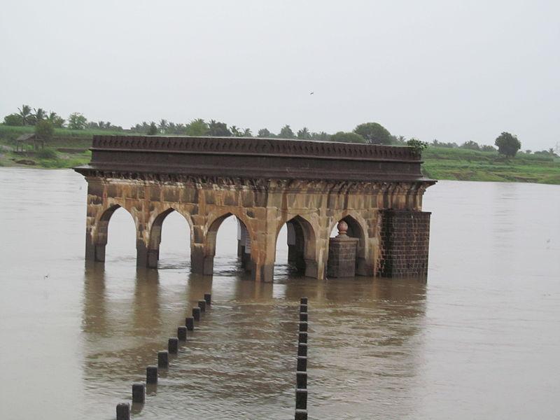 File:Vishnupath Tempal.JPG