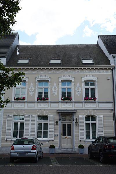 Huis Walravens, Vrijheid 32, Arendonk
