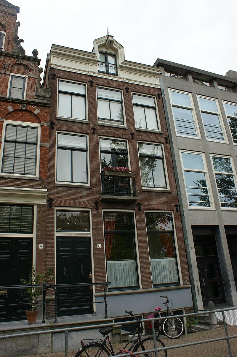 Het rechter gedeelte van herengracht 38 in amsterdam for Herengracht amsterdam
