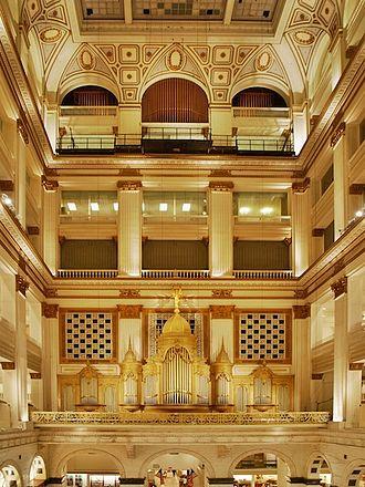 Wanamaker Organ - The Wanamaker Organ in the Grand Court