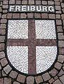 Wappenmosaik der Zähringerstadt Freiburg auf dem Bertoldplatz in St. Peter.jpg