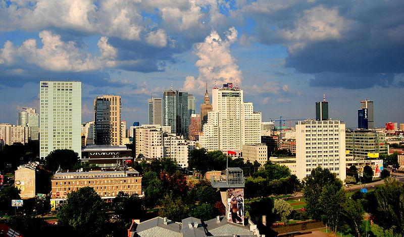 [Obrazek: 800px-Warszawa-panorama_z_fabryki_rteci.jpg]
