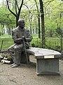 Warszawa pomnik Jan Nowak-Jeziorański.jpg