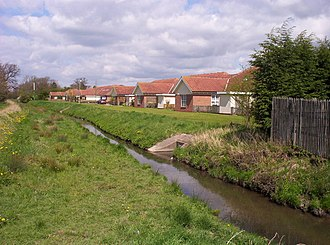 New Earswick - Image: Westfield Beck and New Housing geograph.org.uk 163299