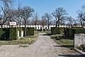 Wien Feuerhalle Simmering Urnenfriedhof Abteilung 1.jpg