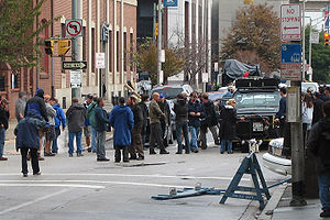 Live Free or Die Hard - Justin Long, Bruce Willis, and Len Wiseman filming on location in Baltimore.