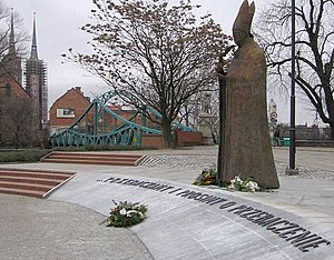 "Letter of Reconciliation of the Polish Bishops to the German Bishops - Memorial to Bolesław Kominek.  The words below the statue (""... we forgive and ask for forgiveness"") are a quote from the Letter, which was authored by Kominek."