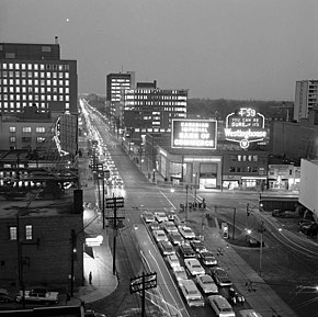 Yonge Street and Eglinton Avenue looking east 1962.jpg