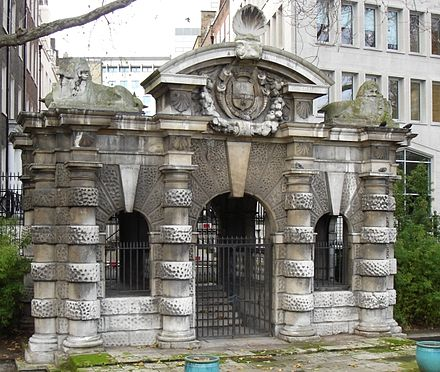 The Italianate York Water Gate - the entry to York House, built about 1626, the year of Bacon's death York Water Gate.jpg