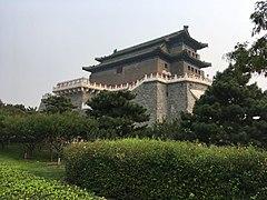 Zhengyangmen archery tower 1.jpg