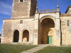 Zorita del P?ramo (Palencia). Iglesia de San Lorenzo. P?rtico del XVI.jpg