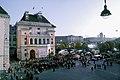 Österreichischer Nationalfeiertag 2008 - Ballhausplatz Heldenplatz - korrigierte Version Hubertl.jpg