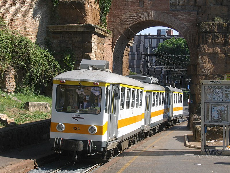 A train at Porta Maggiore.