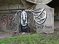 Štvanice, Hlávkův most, graffiti - paroháč.jpg