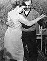 Амазасп Бабаджанян танцует со своей женой Аргуньей Аршаковной (cropped).jpg