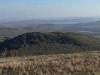 Вид на Теляшево, гору Крепсакан и озеро Карабалыкты.jpg