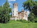 Общий вид веретьевского храма со стороны колокольни.jpg