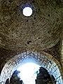 Ханская баня, фрагмент арки и купола.jpg
