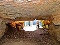. Porche de la grotte Saint Martin.jpg