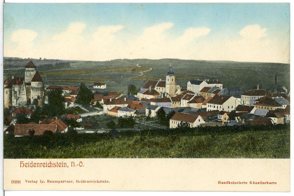 1024px-06888-Heidenreichstein-1906-Blick_auf_Heidenreichstein-Br%C3%BCck_%26_Sohn_Kunstverlag.jpg