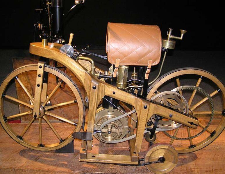 Картинки по запросу деревянный велосипед, на который был установлен двигатель внутреннего сгорания