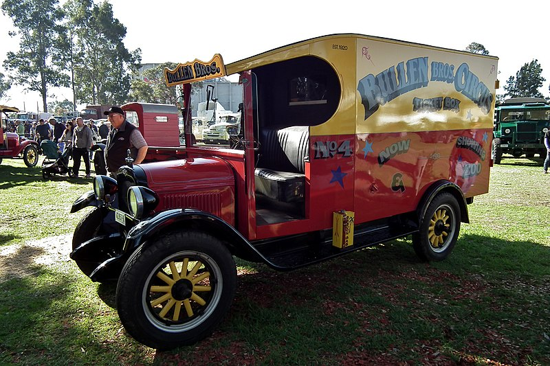 File:1927 Chevrolet Capitol panel van (5983563809).jpg