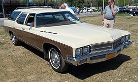 1971 Buick Estate wagon front.jpg